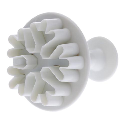 Формочки для печенья в виде снежинки. 3 формочки разных размеров в комплекте Lightinthebox 171.000