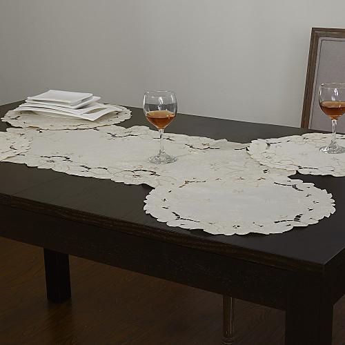 Набор из 5 белых полые цветочные Runner Таблица и Placemat Lightinthebox 407.000
