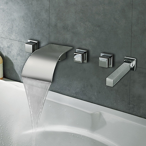 Смеситель-водопад гнутый с хромированной отделкой, для ванной