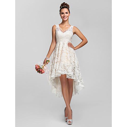А-силуэт / Принцесса V-образный вырез Асимметричное Прозрачное кружево Платье для подружек невесты с Кружева / Плиссировка от LAN TING BRIDE / See Through