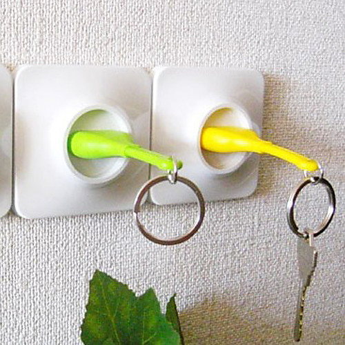 Брелок для ключей в виде штекера для розетки Lightinthebox 214.000