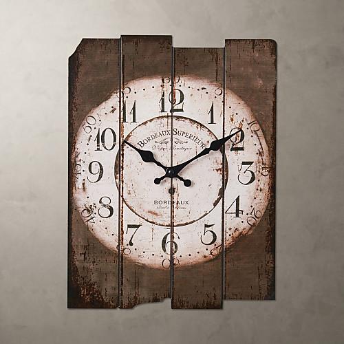 Часы в деревенском стиле