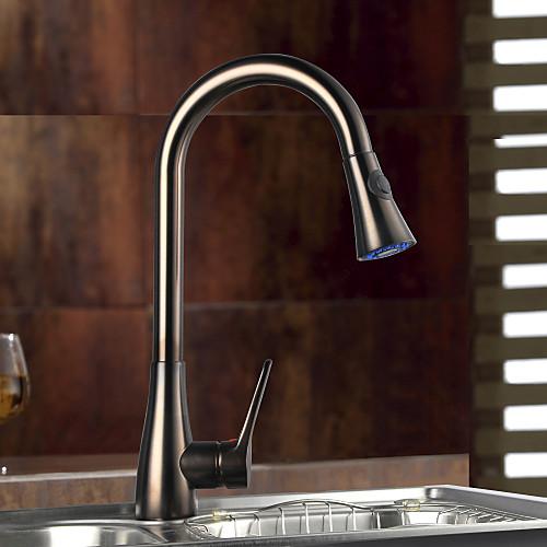 Смеситель кухонный с вытяжной лейкой, бронзовая отделка, одна ручка Lightinthebox 6015.000