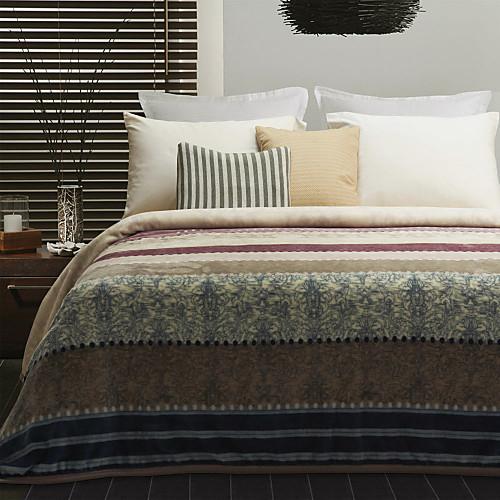 Современный шаблон дизайна полосой ватки коралла одеяло Lightinthebox 1288.000