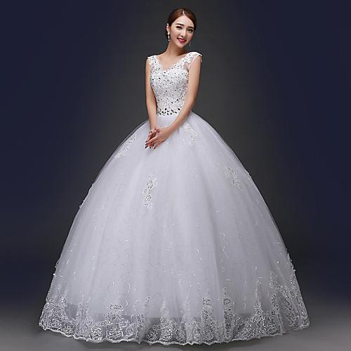 Свадебные пышные платья с декольте