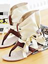 Konstläder Kvinnors Flat Heel Comfort Sandaler Skor (fler färger)