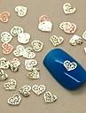 200pcs forme de coeur creux tranche métal nail art décoration