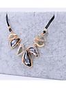 miki gemme géométrique collier de strass