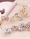 Cătușe pentru urechi Ștras imitație de diamant Aliaj Animal Shape Fluture Argintiu Auriu Bijuterii Pentru Zilnic