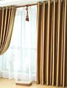 Två paneler Fönster Behandling Nyklassisistisk , Solid Sovrum Polyester Material Mörkläggning Gardiner draperier Hem-dekoration For
