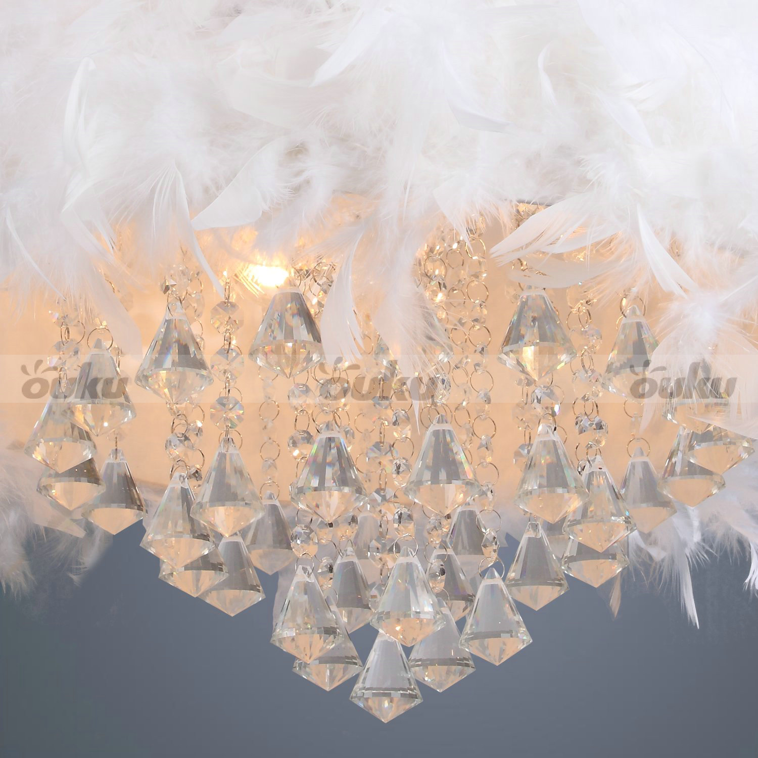 White Feather Chandelier With 3 Lights Crystal Drop