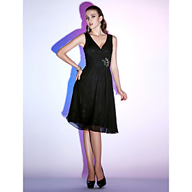 TS Couture Cocktail Party / Holiday Dress - Little Black Dress Plus Size / Petite A-line / Princess V-neck Knee-length Chiffon with Beading / Criss plus size,  plus size fashion plus size appare
