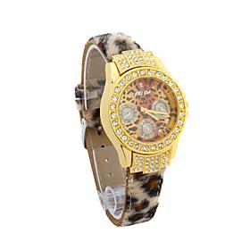 Kvinder Pu Quartz Movement Glass Round Shape Dress Watch (flere Farver)