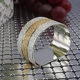 Set of 4 Pieces Round Metal Brass Napkin Rings