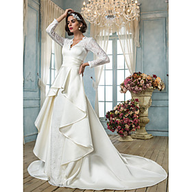 Lanting Bride A-line Petite / Plus Sizes Wedding Dress - Classic Timeless / Elegant Luxurious Vintage Inspired Chapel Train V-neck plus size,  plus size fashion plus size appare