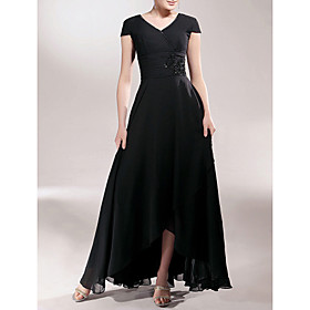 LAN TING BRIDE Sheath / Column Plus Size Petite Mother of the Bride Dress - Little Black Dress Asymmetrical Short Sleeve Chiffon with plus size,  plus size fashion plus size appare