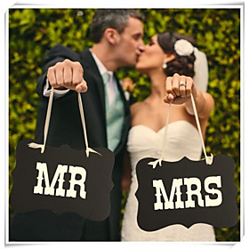 """Wedding Décor """"MR MRS""""  Chair Signs Bride Groom Photo Props"""