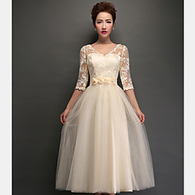 A-Line V-neck Tea Length Tulle Bridesmaid Dress with Appliques Lace