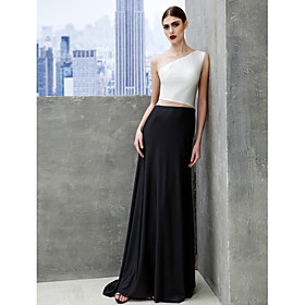 Formal Evening / Black Tie Gala Dress A-line Bateau Sweep / Brush Train Tulle / Jersey with