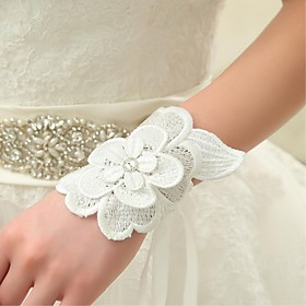 Wrist Length Fingerless Glove Lace Bridal Gloves / Party/ Evening Gloves Spring / Summer / Fall Ivory Floral / lace