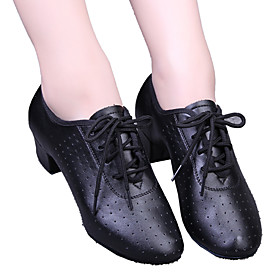 Women's Dance Shoes Leatherette Modern Shoes / Ballroom Shoes Lace-up / Hollow-out Heel Low Heel Black / Red / EU39 Category:Ballroom Shoes,Modern Shoes; Upper Materials:Leatherette; Embellishment:Hollow-out,Lace-up; Lining Material:Leatherette; Heel Type:Low Heel; Actual Heel Height:1.38; Gender:Women's; Range:EU39; Style:Heel; Heel Height(inch):1 - 2; Outsole Materials:Rubber; Closure Type:Lace-up; Foot Length:; SizeChart1_ID:2:468; Popular Country:Japan,United Kingdom,Australia,United States
