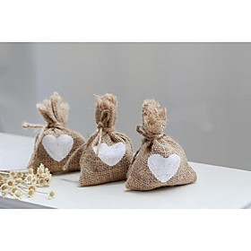 10PCS/Lot Vintage Jute Wedding Favor Bags with White Hearts Rustic Shabby Chic Party Supplies 5056665