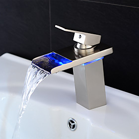 Bathroom Sink Faucet Waterfall / LED Nickel Brushed Centerset Single Handle One HoleBath Taps / Brass