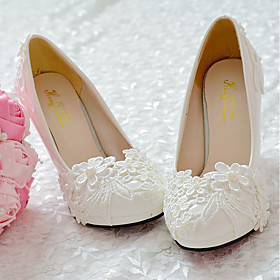 Women's Shoes Lace PU Spring Fall Comfort Wedding Shoes Round Toe Rhinestone Applique Beading Imitation Pearl Stitching Lace For Wedding