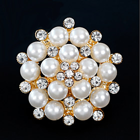 Women's Brooches - Pearl Simple, European, Fashion Brooch Gold / Silver For ..
