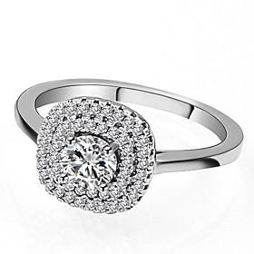 Women's Classic Stylish Ring - Platinum Plated, Imitation Diamond Gypsophila..