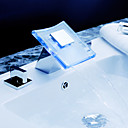 cambio de color cascada llevado grifo del fregadero cuarto de baño amplio con pop-up de residuos