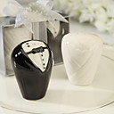 Ceramic Bride And Groom Salt Pepper Shakers Wedding Favor (Set of 2)