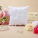 Almohada del anillo de boda con bordado y cinta