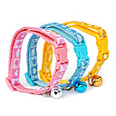 Plastic Buckle Flashing Stars and Footprint Pattern Small Collar with Little Bell for Dogs (Random Color)