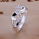 anillo de diamante de ocho meles