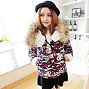 Aiwei abrigo de algodón de camuflaje pieles decoradas de las mujeres