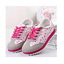 color de contraste de impresión floral zapatos