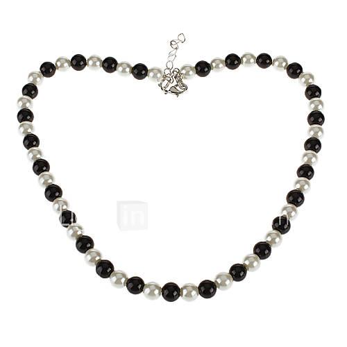 Noir et blanc collier de perles