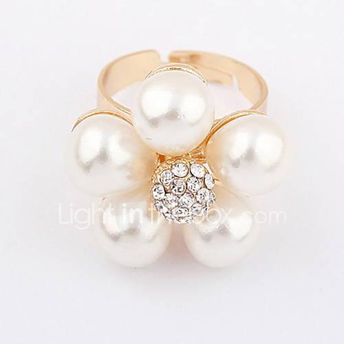 Alliage attrayant avec l'anneau de perle de fleur de Rhinestone femmes