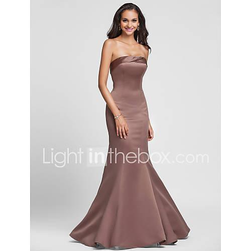 vestido sin tirantes de sirena trompeta longitud satinado vestido de dama de piso Descuento en Lightinthebox