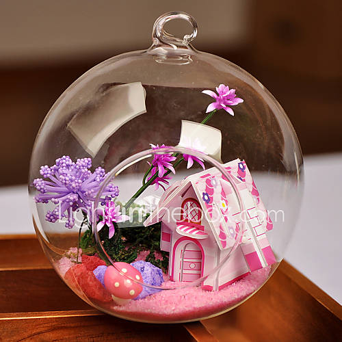 Table centerpieces round glass vase fairytale house