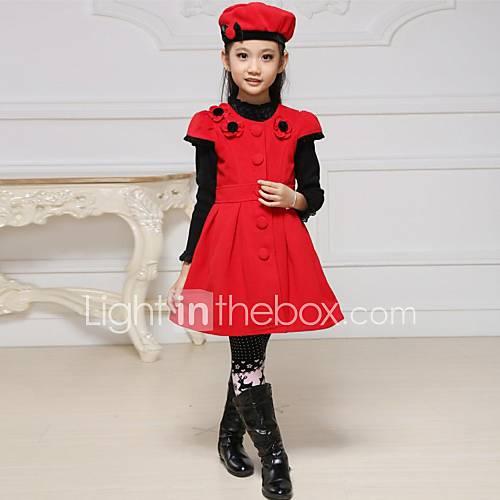 la robe la mode douce fleur de la jeune fille avec un chapeau