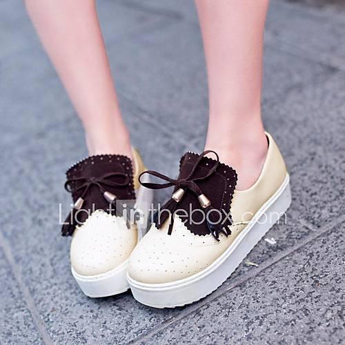 Chaussures femmes rondes richelieus plate-forme de pointe avec des chaussures communes fendues plus de couleurs disponibles