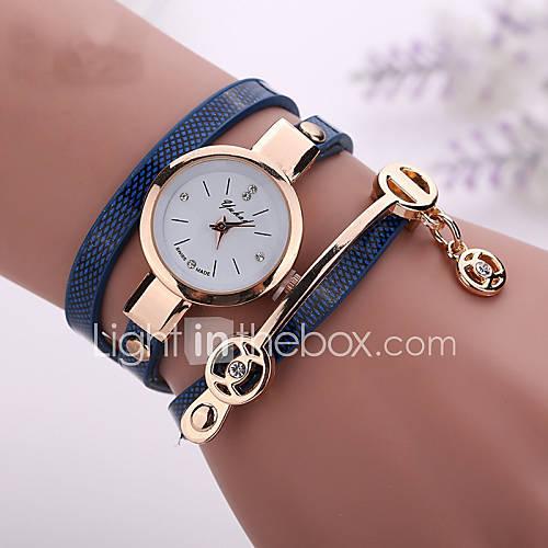 Mujer Reloj de Moda / Reloj Pulsera Cuarzo Reloj Casual / La imitación de diamante PU Banda Bohemio Negro / Blanco / Azul / Rojo Marca Descuento en Lightinthebox