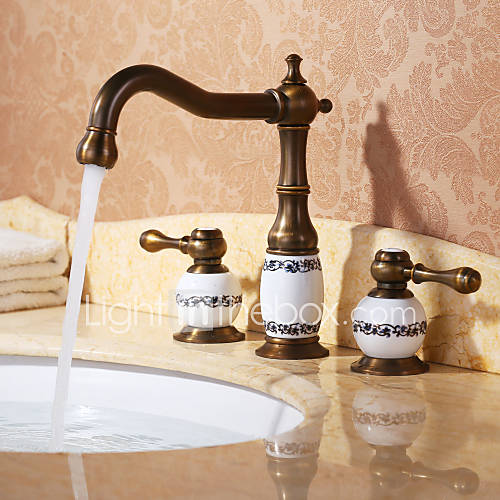 7 Faucet Finishes For Fabulous Bathrooms: Bathroom Sink Faucet With Antique Brass Finish Antique