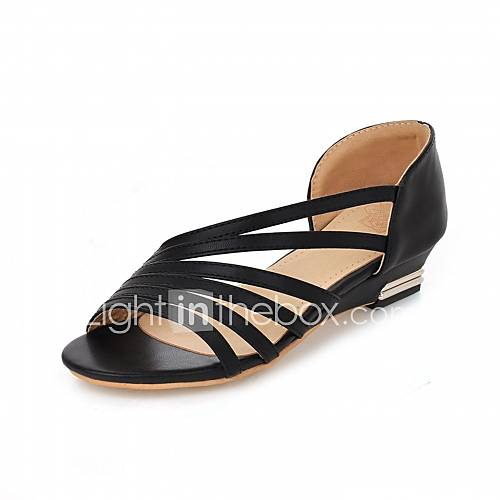 Women's Heels Spring / Summer / Fall / Winter Platform / Comfort / Novelty Synthetic / Patent Leather / LeatheretteWedding / Office