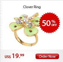 Clover Ring