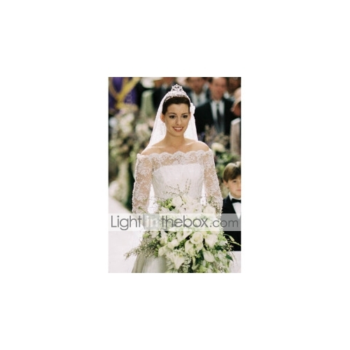 Anne Hathaway The Princess Diaries 2: Royal Engagement A