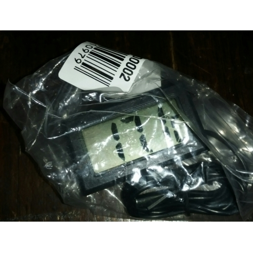 Electronic digital thermometer lcd display for aquarium for Fish tank review