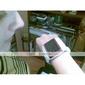 eg200 toucher Quadri-bande seule carte montre téléphone mobile avec clavier blanc (2 Go Carte TF) (szfcl006)